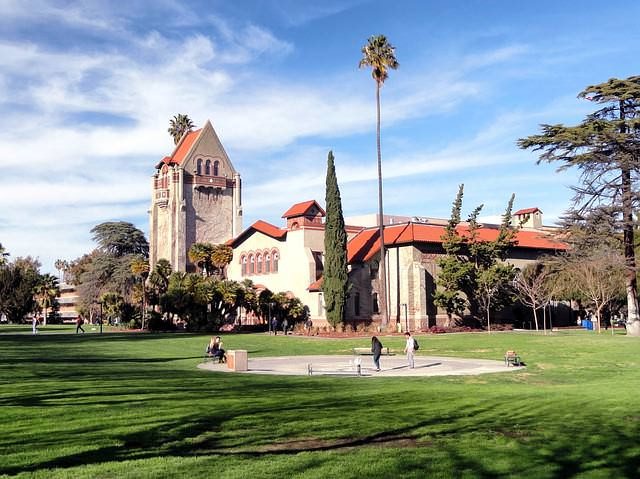 Top 10 Unusual Colleges